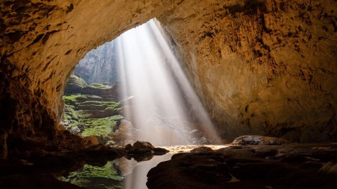 Hà Nội – Quảng Bình – Động Thiên Đường – Suối Nước Mọc – Thành Cổ Quảng Trị - Địa Đạo Vĩnh Mốc